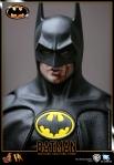 Hot%20Toys_Batman_Batman_PR18
