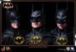 Hot%20Toys_Batman_Batman_PR19