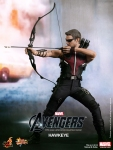 Hot%20Toys%20-%20The%20Avengers%20-%20Hawkeye%20Limited%20Edition%20Collectible%20Figurine_PR3