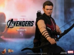 Hot%20Toys%20-%20The%20Avengers%20-%20Hawkeye%20Limited%20Edition%20Collectible%20Figurine_PR5
