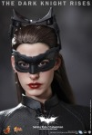 Hot Toys - The Dark Knight Rises - Selina Kyle - Catwoman Collectible Figure_PR17