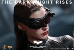 Hot Toys - The Dark Knight Rises - Selina Kyle - Catwoman Collectible Figure_PR19