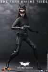 Hot Toys - The Dark Knight Rises - Selina Kyle - Catwoman Collectible Figure_PR7