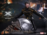 Hot Toys_X-Men The Last Stand_ Wolverine_PR8