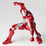 Revoltech-Iron-Man-2-Mark-V-011_1349112203